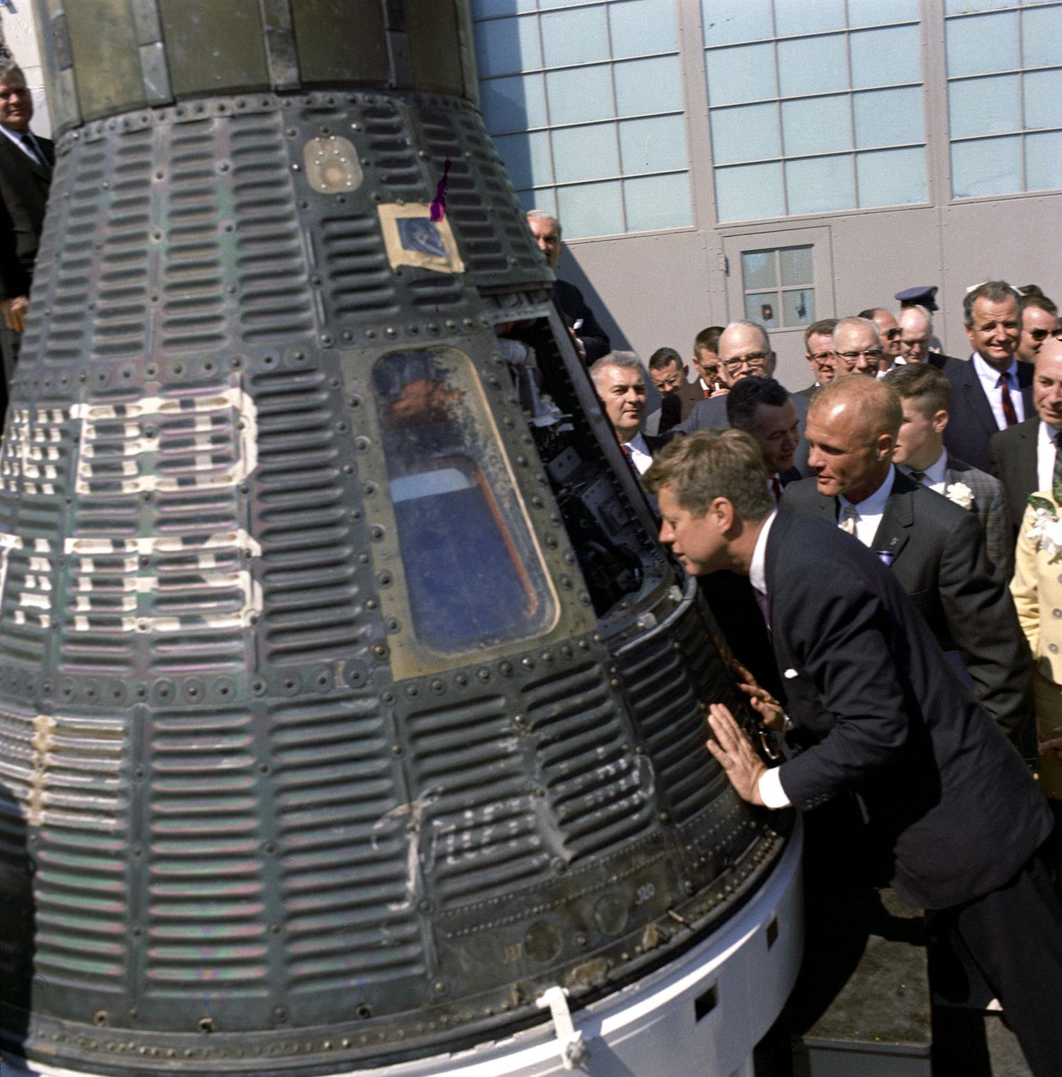 Kennedy Tours Cape Canaveral and Friendship 7 Capsule