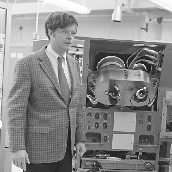 Donald Fraser and Phil Felleman with the Apollo Primary Guidance, Navigation, and Control System Simulator