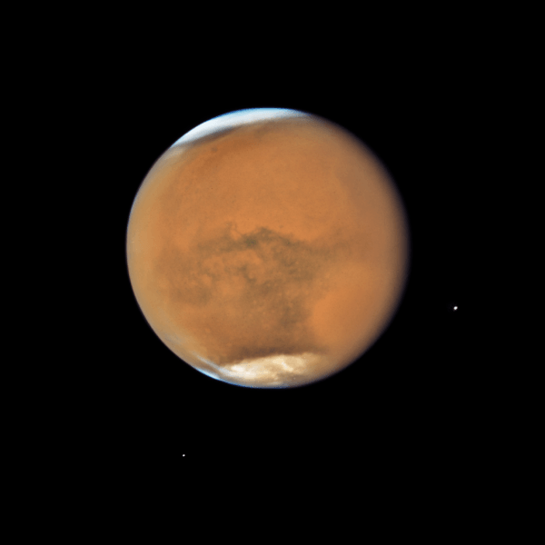 Hubble's Close-up View of Mars Dust Storm